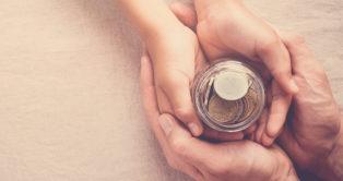 Donation : combien donner à ses enfants sans être taxé ?